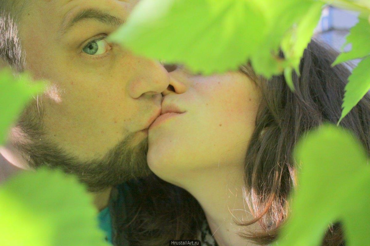 Застигнутый поцелуй