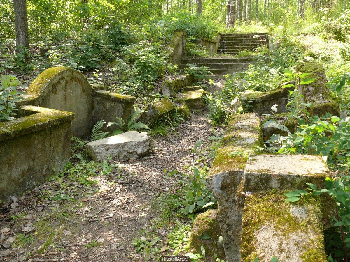 Руины лестницы
