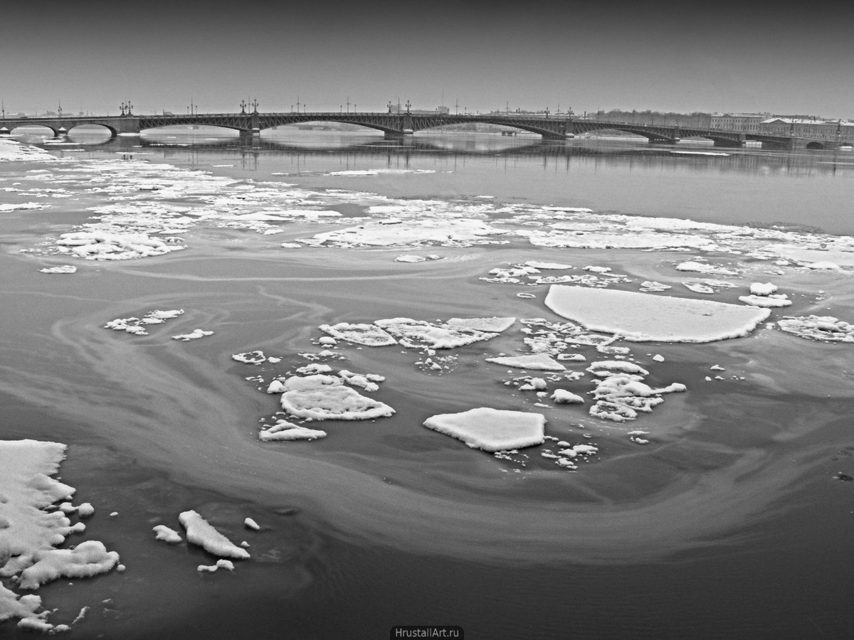 Вид на Троицкий мост