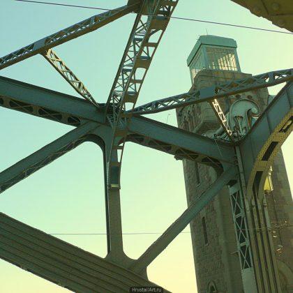 Башня моста Александра Невского